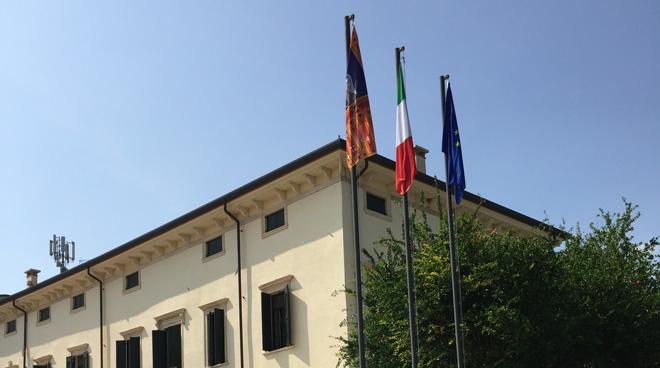 Ufficio Di Collocamento X Municipio : Ticinonline rubano il simbolo del cantone per truffare i disoccupati